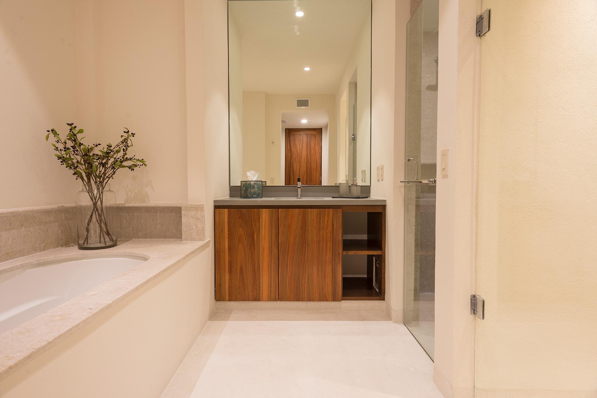 Las Marietas - Bathroom
